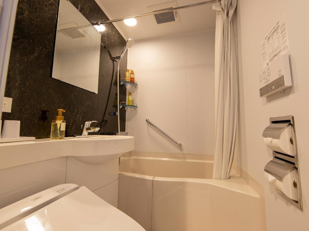変なホテル東京羽田のバスルーム